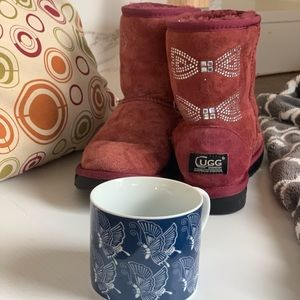 Kids UGG cozy maroon coloured  boots